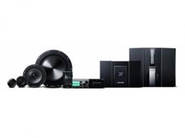 """汽车音响行业首创的384kHz/32bit Hi-Res高音质音频播放 凭借""""完美同步""""营造临场感的世界顶级汽车音响"""