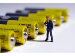 孚能电芯样品出问题,戴姆勒或自产电池