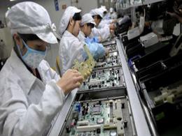 鸿海郑州厂占全球iPhone近半产能,业界担忧备货受阻