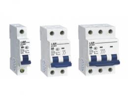 什么是低压断路器 低压断路器的特点及作用