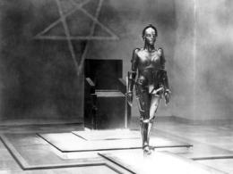 白评 | 自动驾驶杀人之后,科技还能以人为本吗?