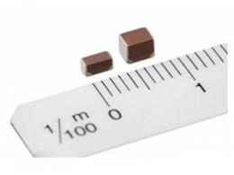 积层陶瓷电容器: TDK以新型低电阻树脂电极产品扩展积层陶瓷贴片电容器(MLCC)阵容