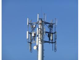 法国两名修道士烧5G基站被捕 5G基站辐射真的对人体有害吗?