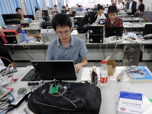 瑞萨杯2013全国大学生电子设计竞赛正式开赛