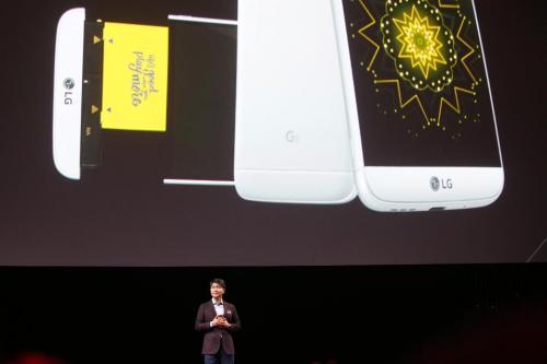 安卓手机差异化大作战,LG G5为啥说败就败