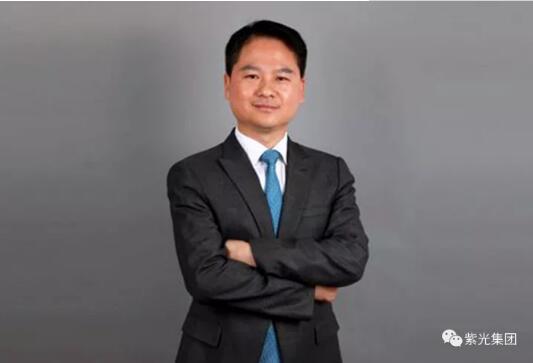 新闻 正文     伴随李力游博士的晋升,紫光集团任命曾学忠先生为展讯