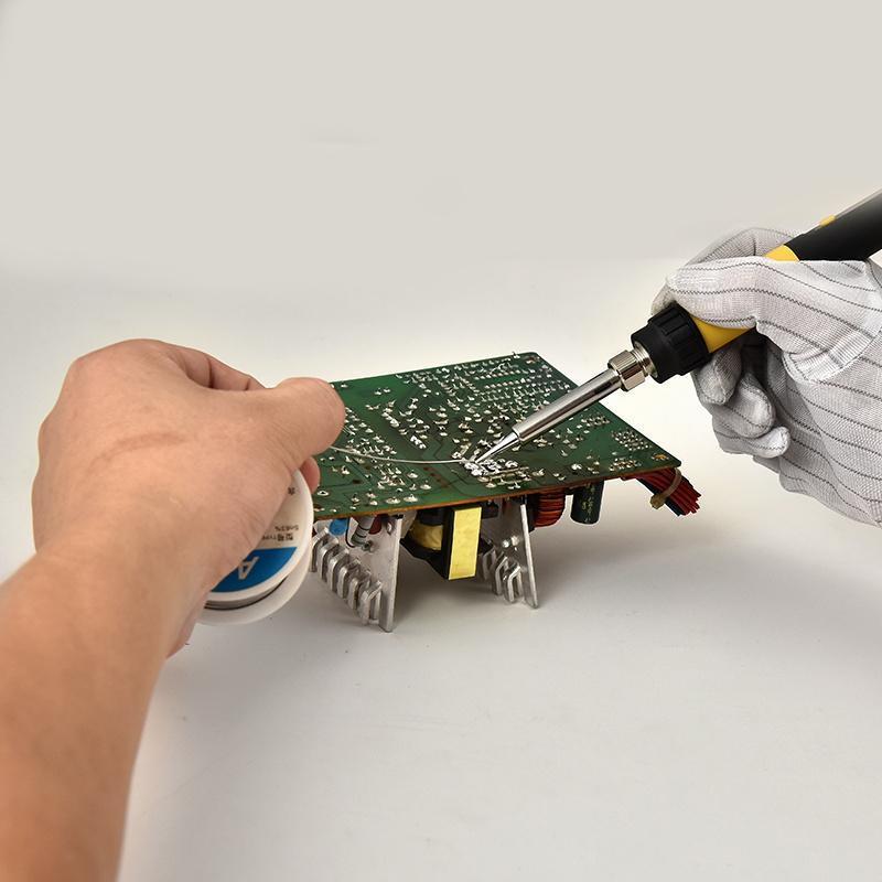 电烙铁焊接技巧和方法