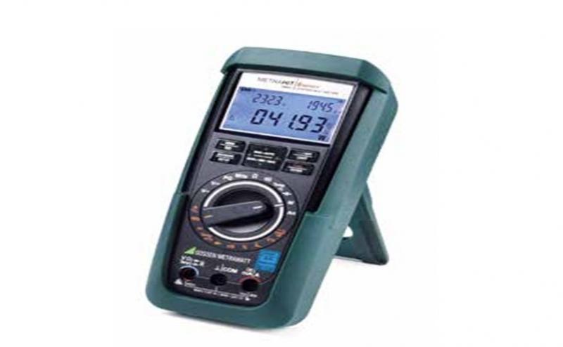 万用表怎么测电压:
