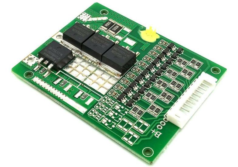 锂电池保护板的作用