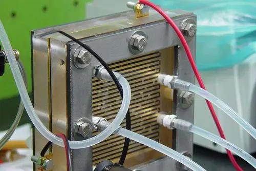 氢氧燃料电池工作原理