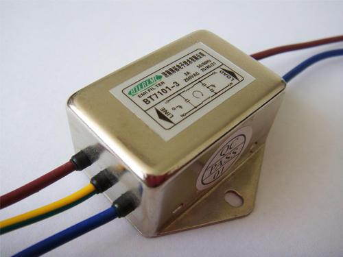 电源滤波器的工作原理