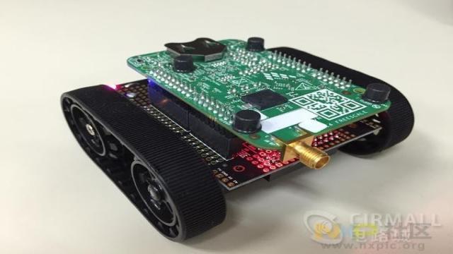 恩智浦低功耗蓝牙控制机器人参考设计