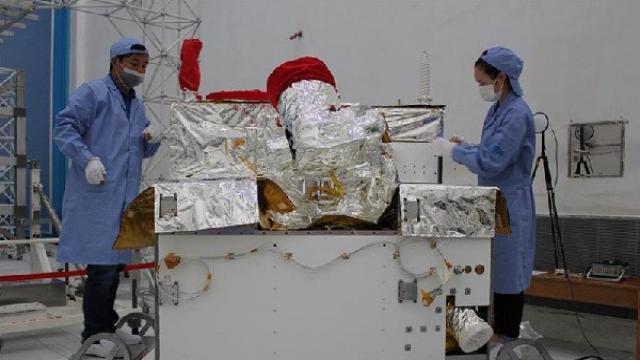 """探秘全球首颗量子卫星——""""墨子号""""2"""