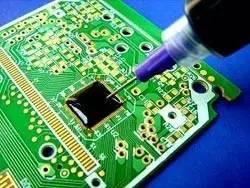"""揭秘:电路板上的""""黑疙瘩"""",里面究竟是什么?"""